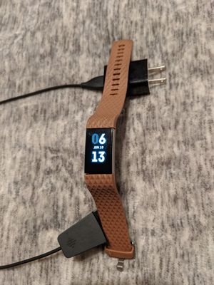 Fitbit Charge 2 for Sale in Chowchilla, CA