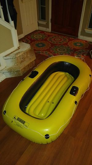 Yellow and Black Life Boat Raft for Sale in San Antonio, TX