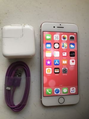Apple iPhone 7 32 GB unlocked color gold Rose.work very well.included charger.perfect condition for Sale in Murray, UT