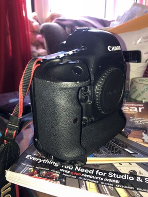 Canon eos 1Dc Also Canon lenses sold separately for Sale in New York, NY