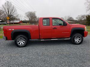 2009 Chevy Silverado 4x4 truck!! for Sale in Oakboro, NC
