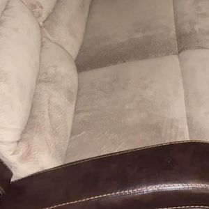 Reclining Couch for Sale in Wixom, MI