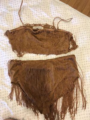 Fashion nova 2 piece tan fringe set for Sale in Rosemead, CA