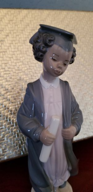 Lladro Black Legacy Figurine Graduate for Sale in Pembroke Pines, FL