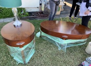 Coffee table & end table for Sale in Costa Mesa, CA