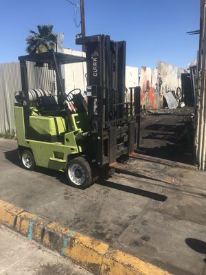 CLARK FORKLIFT!!! 10,000 LBS. CAPACITY!!! for Sale in Los Angeles, CA
