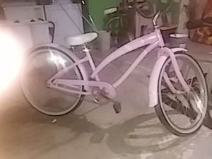 Hello Kitty Nirve Bicycle for Sale in Delhi, CA