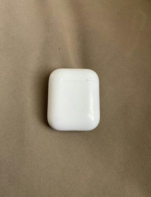 Airpod case Apple for Sale in Houston, TX