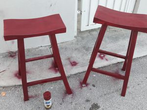 Charming Red wine asian stools. Like new!! for Sale in Miami, FL