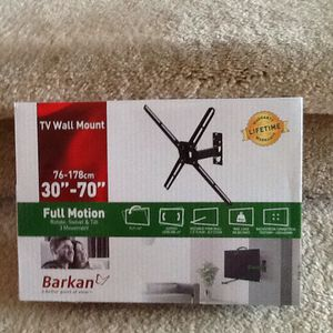 Tv wall mount for Sale in Rochester Hills, MI