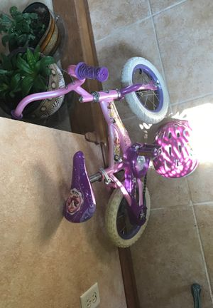 Huffy Princess 12 inch Bike and Helmet for Sale in Perrysburg, OH
