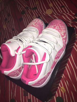 Jordan 11 size 9 woman's newly released 5/7/19 worn once for Sale in Washington, DC