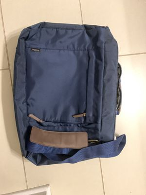 Men's Messenger and Backpack combo for Sale in Charlotte, NC