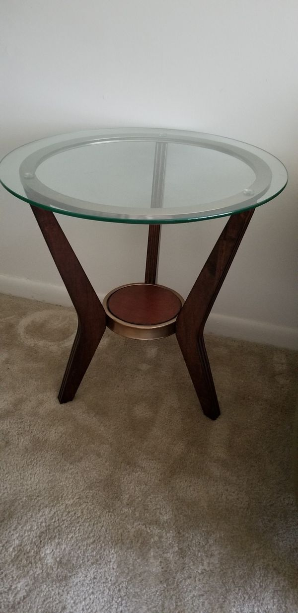 Side glass tables and lamps