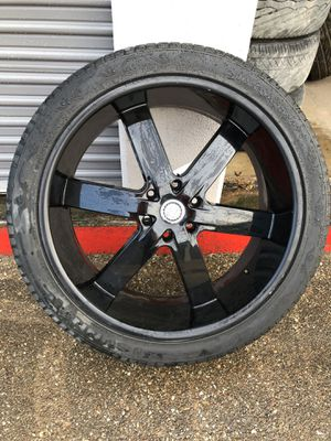 "24"" U2 black rim with tire only 1 for Sale in Fort Worth, TX"