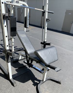 TSA 2000 A smith machines all in one work out gym for Sale in Kent, WA