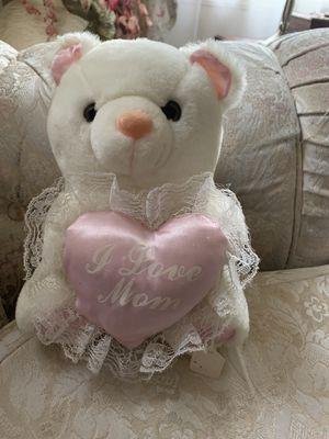 "FREE TEDDY BEAR "" I LOVE MOM"". for Sale in Dearborn, MI"