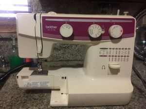 Brother Sewing Machine for Sale in Miami, FL
