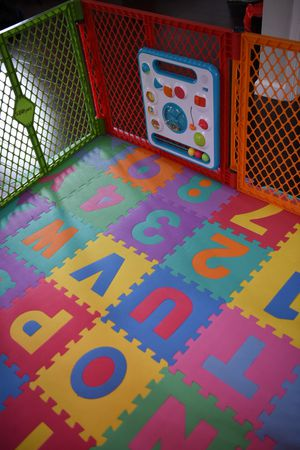 Baby may + playpen + toy for Sale in Fremont, CA
