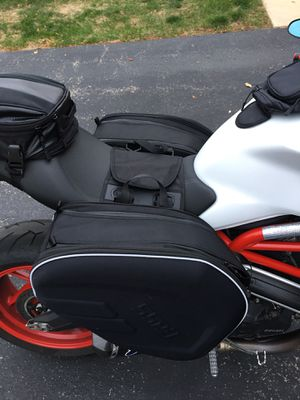 Motorcycle hard luggage bags for Sale in Glen Ellyn, IL