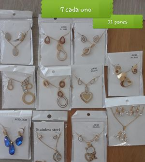 11 sets de joyas para reventa for Sale in North Miami, FL