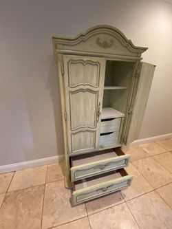 Antique Armoire for Sale in West Orange,  NJ