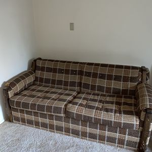 Free Couch Has Pull Out Bed for Sale in Kirkland, WA
