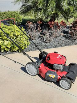Troy-Bilt Self-propelled Mower for Sale in Wildwood,  FL
