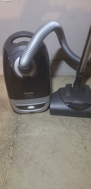 Miele vacuum for Sale in Woodburn, OR