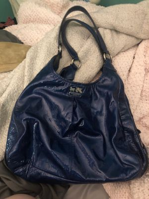 Coach purse for Sale in Woonsocket, RI