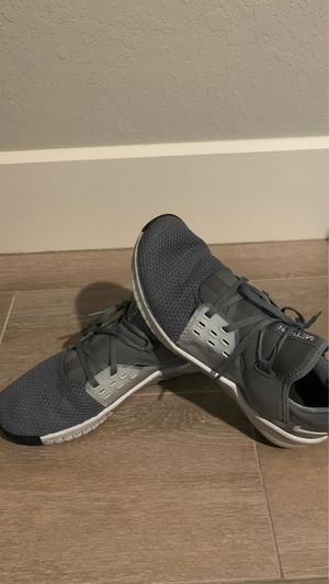 Nike Mens Trainer Shoes Size 10 for Sale in Cape Coral, FL