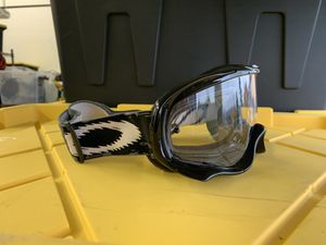 Oakley Googles for Sale in Puyallup, WA