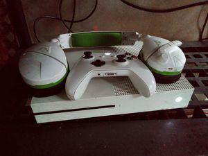 Xbox One 500GB for Sale in Detroit, MI
