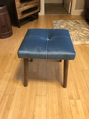 Blue ottoman stool for Sale in Chicago, IL