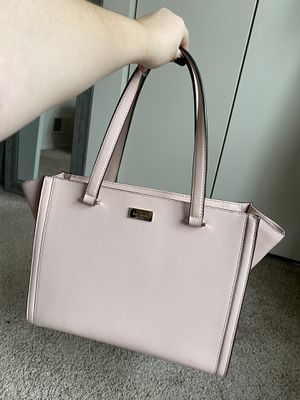 Kate spade purse for Sale in Brooklyn Park, MD