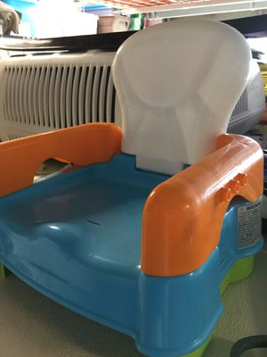 Toddler booster seat for Sale in Lake Worth, FL