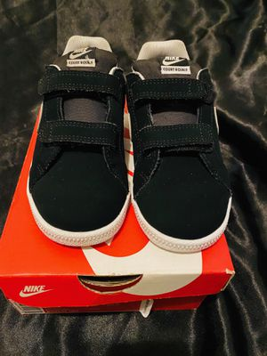Nike shoes kids size 10c for Sale in Gardena, CA
