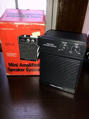 Mini amplifier speaker system vintage but like new for Sale in Brooklyn, OH