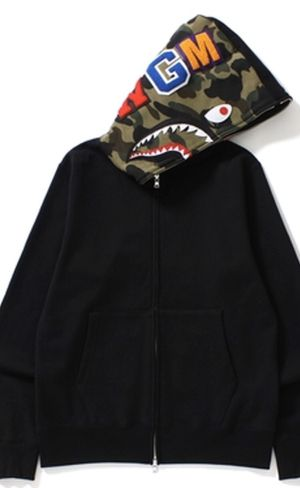 Black bape hoodie (real) size small men's for Sale in MONTGOMRY VLG, MD
