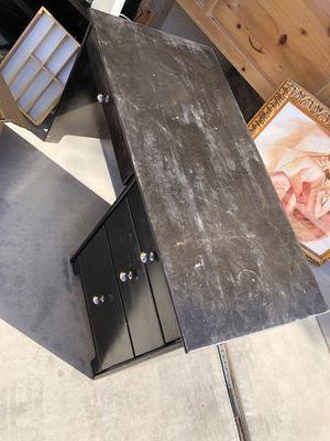 Computer desk for Sale in Casa Grande, AZ