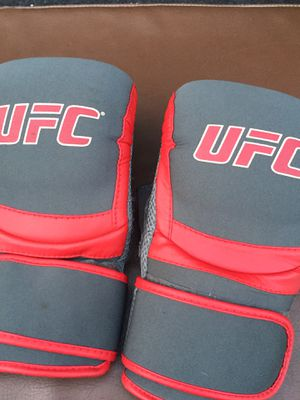 UFC Gloves for Sale in Lawndale, CA