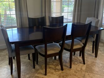 Dining Table & Chairs for Sale in Phoenix,  AZ