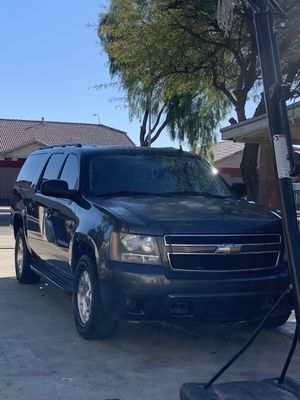Chevy suburban for Sale in Tolleson, AZ