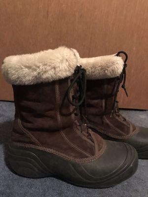 Women's Columbia snow boots for Sale in Covington, WA