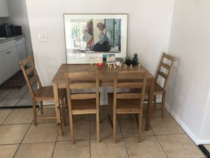 Like NEW table and chair dining set for Sale in Dunedin, FL