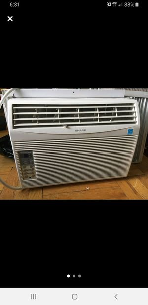 Sharp window air conditioning unit (AF-S125FX) for Sale in Mill Creek, WA