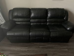 Black Leather Couch (Recliner) for Sale in Orlando, FL