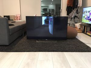 "Sony XBR-49X800D TV 48"" (broken screen) for Sale in Los Angeles, CA"