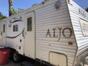 25ft camper trailer for Sale in Fallbrook, CA