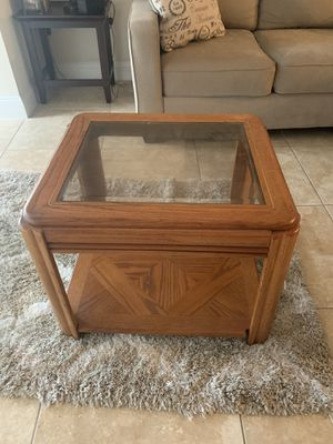 coffee table with glass top for Sale in Boca Raton, FL